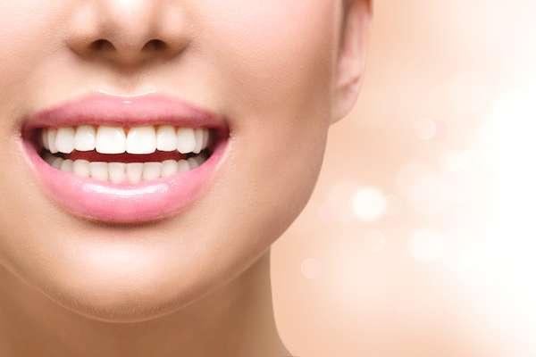 Dental Bonding vs. Contouring from Regency Court Dentistry in Boca Raton, FL
